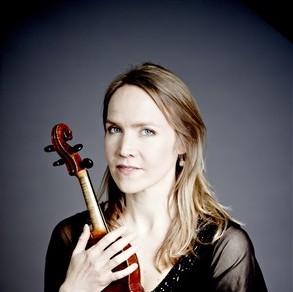 Люси Джил - цигулка