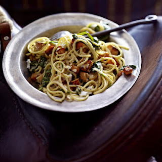 Spaghetti with Spinach, Sweet Potato and Goat Cheese