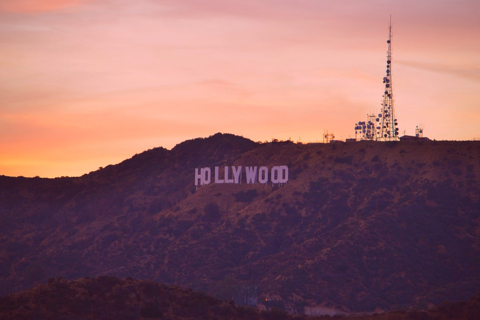 hollywood-sign-979399_960_720.jpg