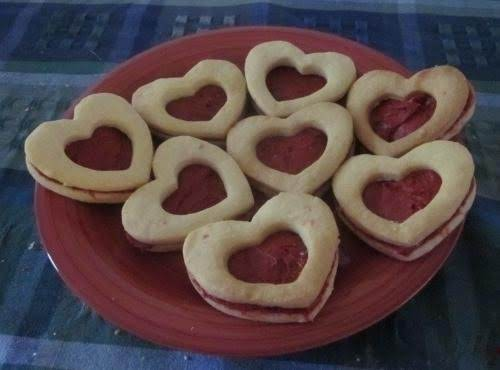 Shortbread Hearts With Red Velvet Filling
