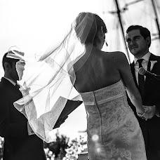 Wedding photographer Haris Haris (photoandme). Photo of 27.12.2014
