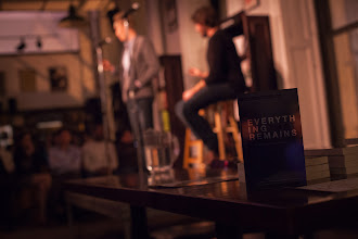 Photo: Everything That Remains and the blurry Minimalists reading in NYC (photo by Spyr Media)