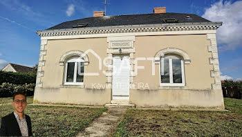 maison à Louailles (72)