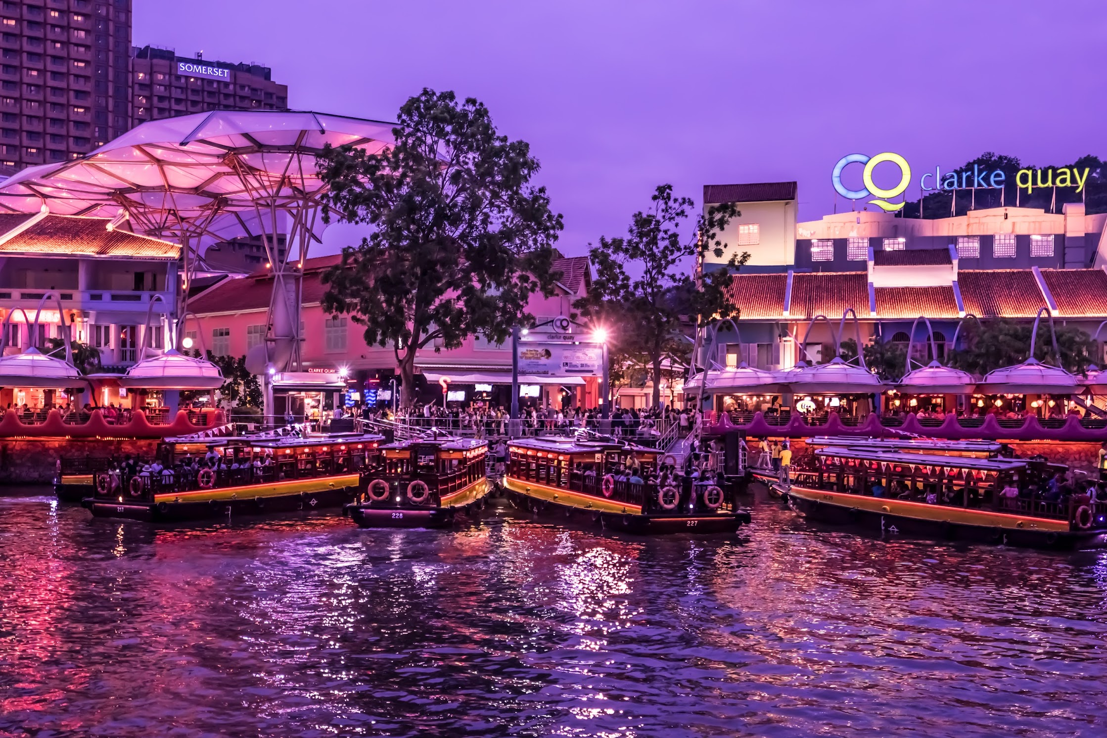 Singapore Clarke Quay evening view1