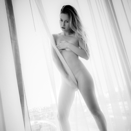 Nude(30) by 敬昕 涂 - Nudes & Boudoir Artistic Nude ( glass, woman, beauty, alex white, portrait, 涂敬昕, 敬昕 涂, fine art nude, ukraine, hotel, nude, black and white, demi fray )