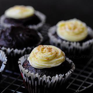 Vegan Chocolate Avocado Cupcakes