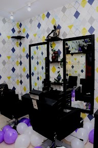 Store Images 1 of Queens Beauty Parlour
