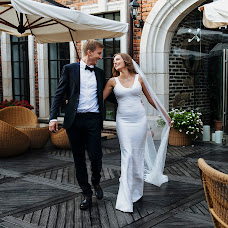 Wedding photographer Anastasiya Arestova (NastiAries). Photo of 01.11.2016