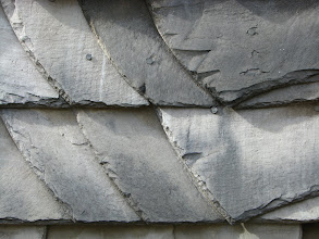 Photo: Jest tu szczególnie dużo elewacji i dachów pokrytych naturalnym łupkiem.