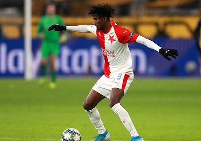 Covid-19 heeft impact: slechts 14(!) spelers beschikbaar voor duel in Europa League