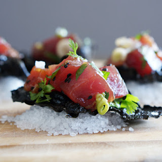 Poke with Nori Chips