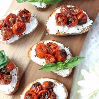 Red Wine Cherry Tomato & Goat Cheese Crostini Recipe