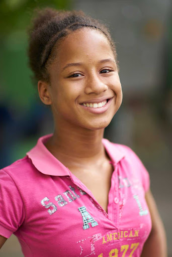 DR-Young-Girl-Smiling-4.jpg - Teenager in the Dominican Republic.