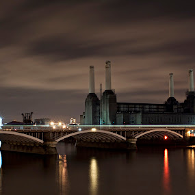 Battersea Power Station by Anz Defensor - Buildings & Architecture Bridges & Suspended Structures
