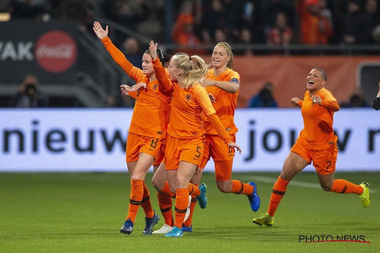 🎥 Nederlandse popzangeres komt met anthem voor Oranje Leeuwinnen in Tokio
