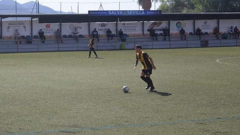 Aplazado el partido entre San Pedro y Berja CF.