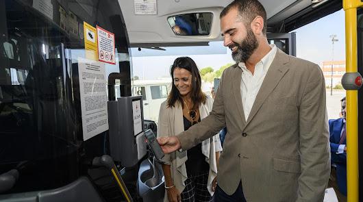 Ya se puede pagar con el móvil en 10 autobuses de la capital