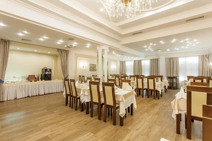 Фото №4 зала Ресторан «Времена года»