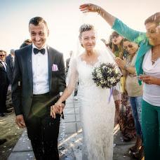 Wedding photographer Paolo Razzoli (razzoli). Photo of 20.04.2016