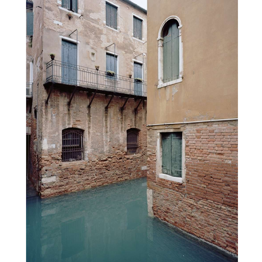 Giovanni Cocco, At what time Venice close 4