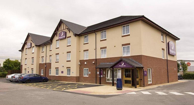 Premier Inn Coventry (M6 J2)