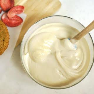 Creamy Cashew Icing (Dairy-free).