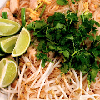 Pad Thai with Chicken.
