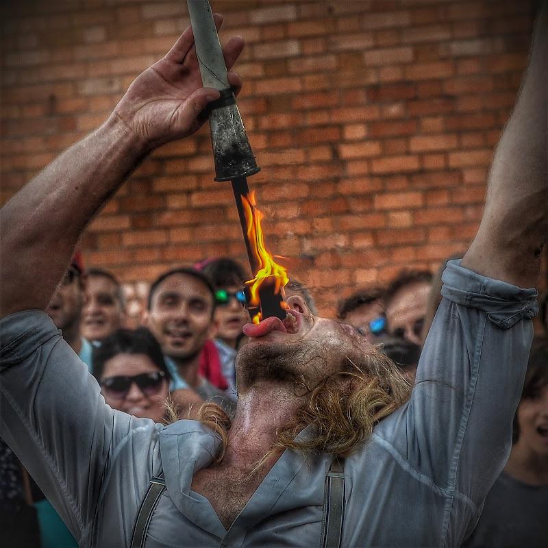 Attento che brucia di boomerang