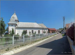"Photo: Turda - Str. Sirenei, Nr.17 - Biserica ""Dintre Romani"" -  vedere de pe Str. Nicolae Vladutiu  - 2018.06.20"