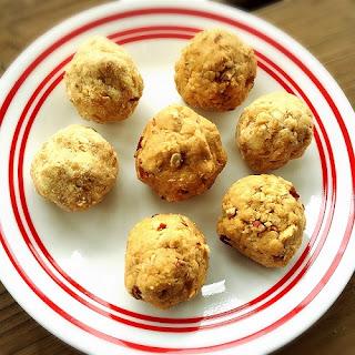 Cinnamon PB Protein Balls