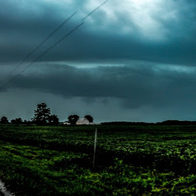 Indiana Shelf Cloud by Nathan Curtis - Landscapes Weather ( wind, indiana, shelf cloud, thunderstorm, cloud, shelf, road, dirt, storm, fields )