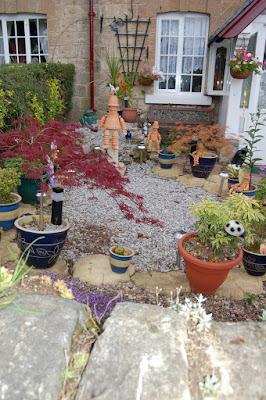 Interesting front garden Firbeck