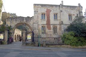 Museum Gardens Entrance