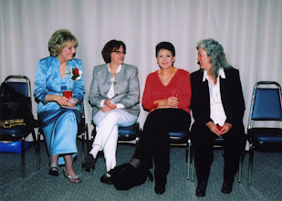 Photo: Sue, Annie, Alma Lynn & Sondra Kay