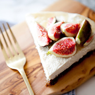 SALTED HONEY AND FIG CHEESECAKE
