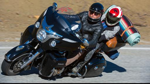 Le Canada voyage moto