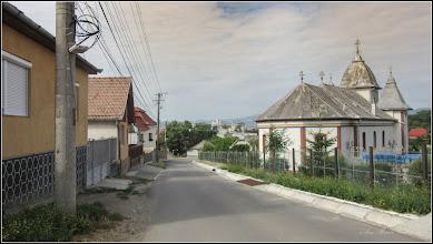 "Photo: Str. Nicolae Vladutiu, vedere Biserica ""Dintre Romani"" - 2017.07.05"