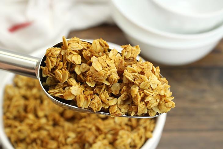 Five Ingredient Vanilla Granola Recipe