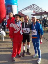 Zdjęcie: Baca wśród maratończyków Jacka i Alka !