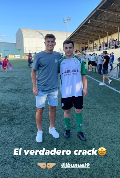 Buñuel con un amigo futbolista.