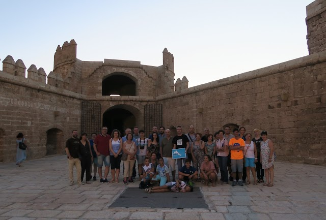 Foto de familia tras la visita temática del 20 de julio.