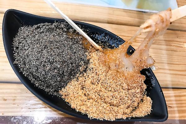 儒家 花生仁湯、刨冰、鍋燒、紅茶  燒麻糬Q彈好吃!適合冬天溫暖身子!