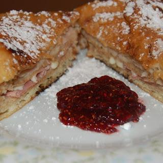 Bennigan's Monte Cristo Sandwich.