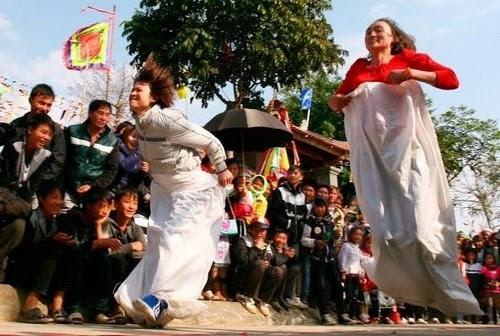 Lễ hội văn hóa Động Tiên Sơn Lai Châu năm 2013 - 2
