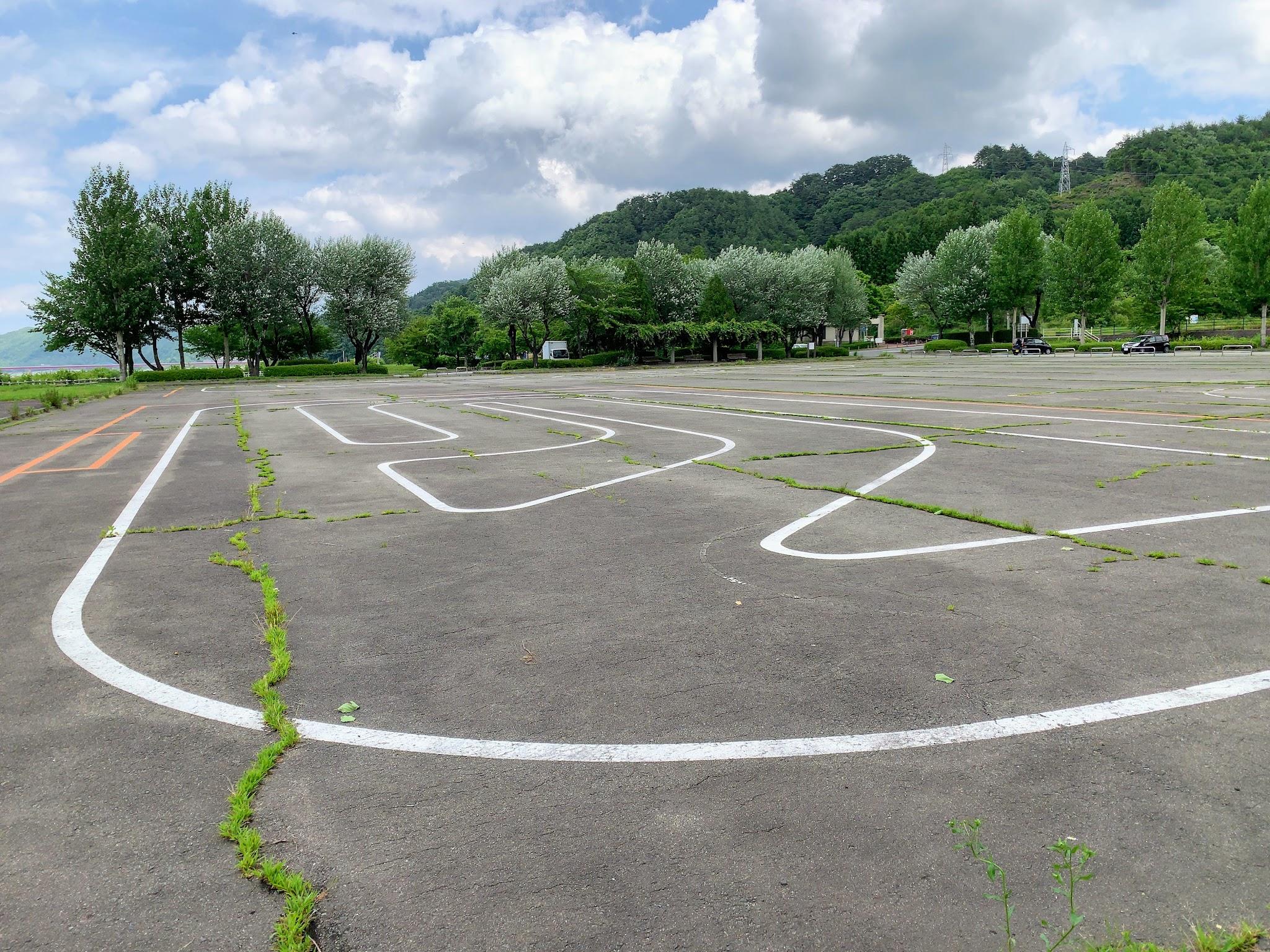 御所湖広域公園わんぱく広場