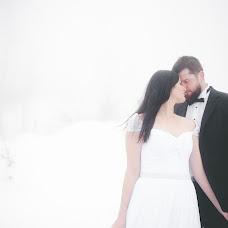 Wedding photographer Marek Kielbusiewicz (MarekKielbusiew). Photo of 27.12.2016
