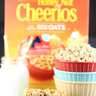 Honey Nut Cheerios ™ Cereal Bars.