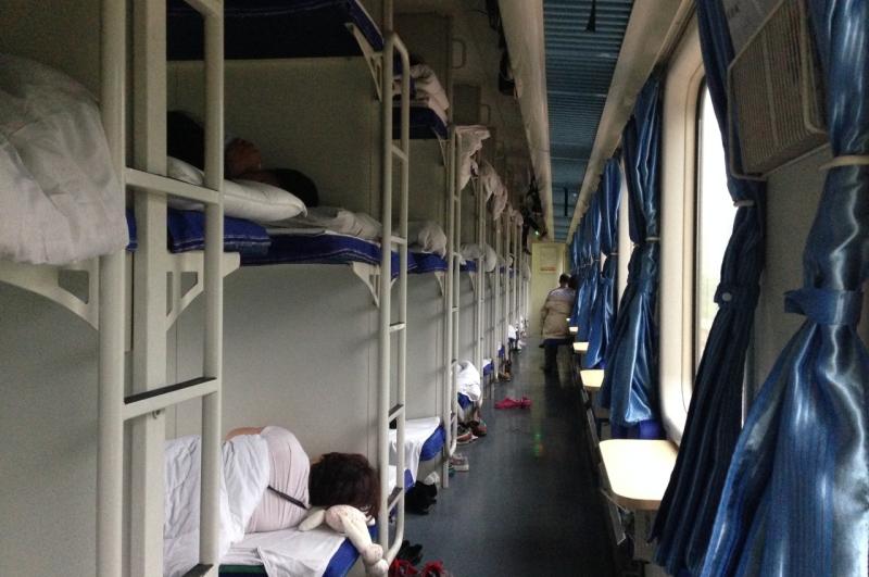 Як виглядають плацкартні вагони у різних країнах світу китай