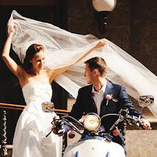 Wedding photographer Aleksey Babich (CrazyBear). Photo of 16.10.2013