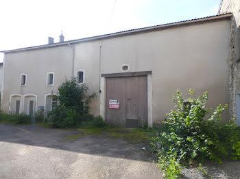 maison à Mécrin (55)